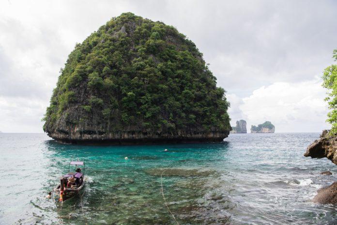 Relaks na wyspach Phi Phi – dlaczego warto?