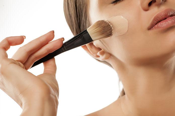 Elegancki makijaż dzięki podkładowi od L'Oréal Paris