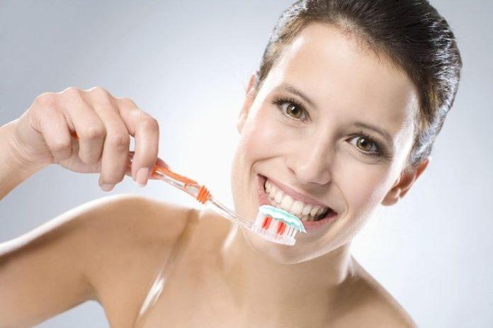 Cała prawda o fluorze - organiczne pasty do zębów