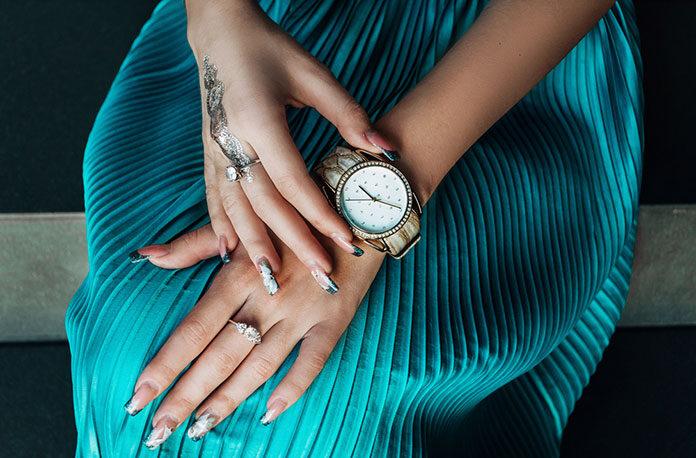 Jaki zegarek do sukienki